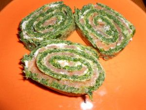 Low Carb Lachs-Spinat-Rolle